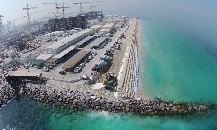 Geosynthetics for temporary coastal and marine structures