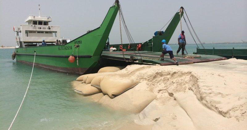 Temporary Barge Ramps, Jumeirah Beach, 2014