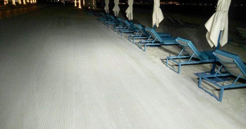 Beach cleaning at Mandarin Oriental Jumeira Dubai